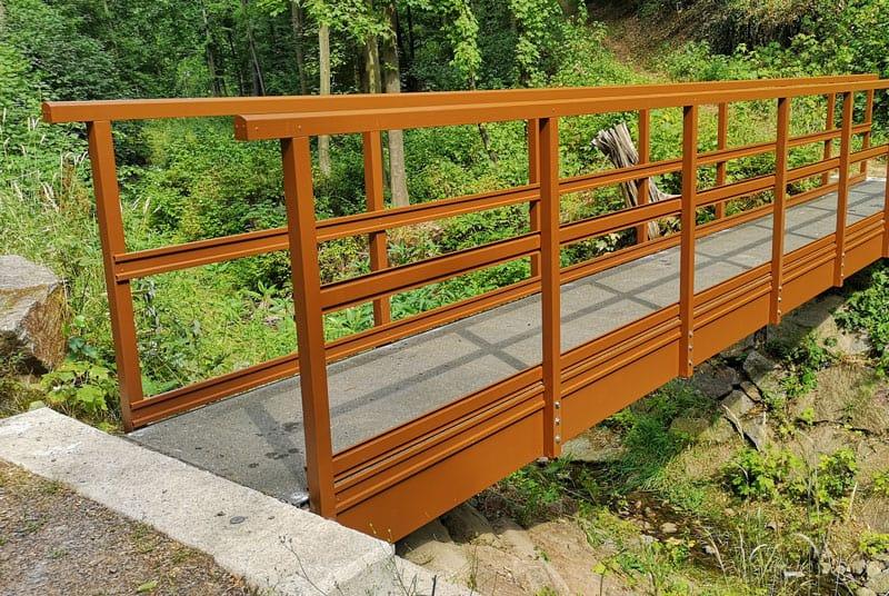 Composite bridge engineering